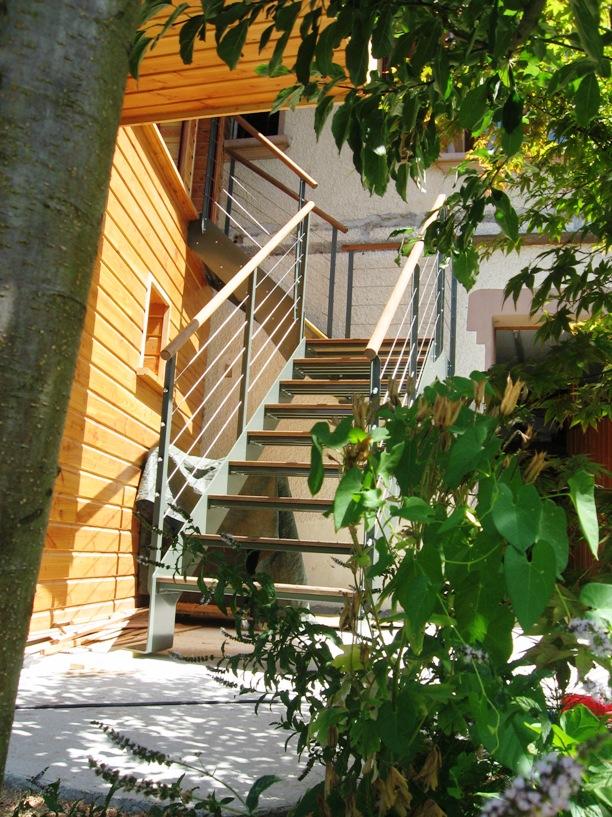 escalier-exterieur-metal-bois